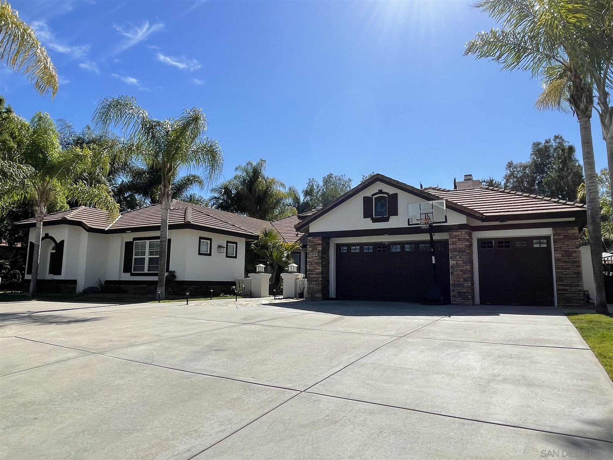 Photo of 2205 Eucalyptus Ave, Escondido, CA 92029