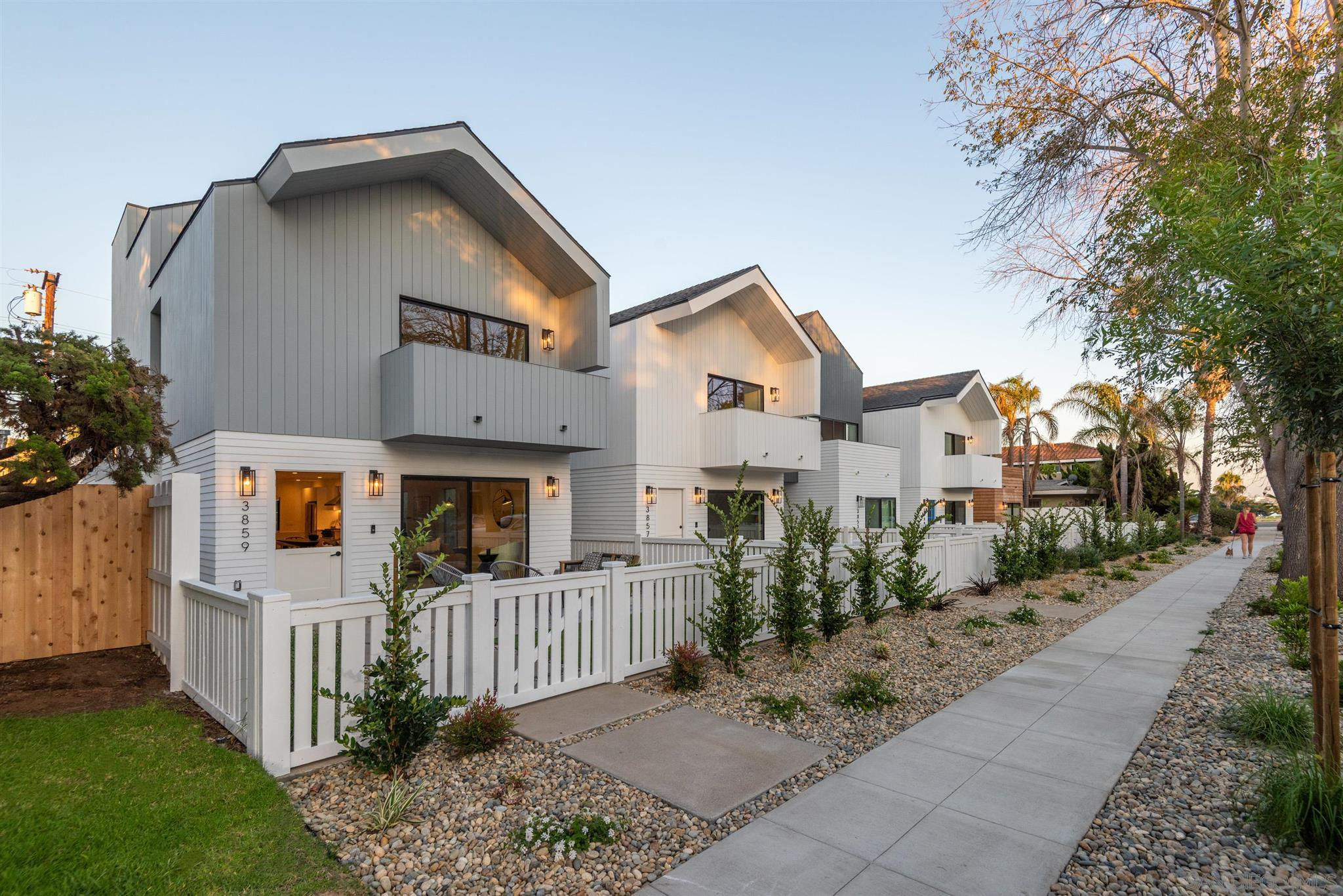 3859 Sequoia St., San Diego, CA 92109
