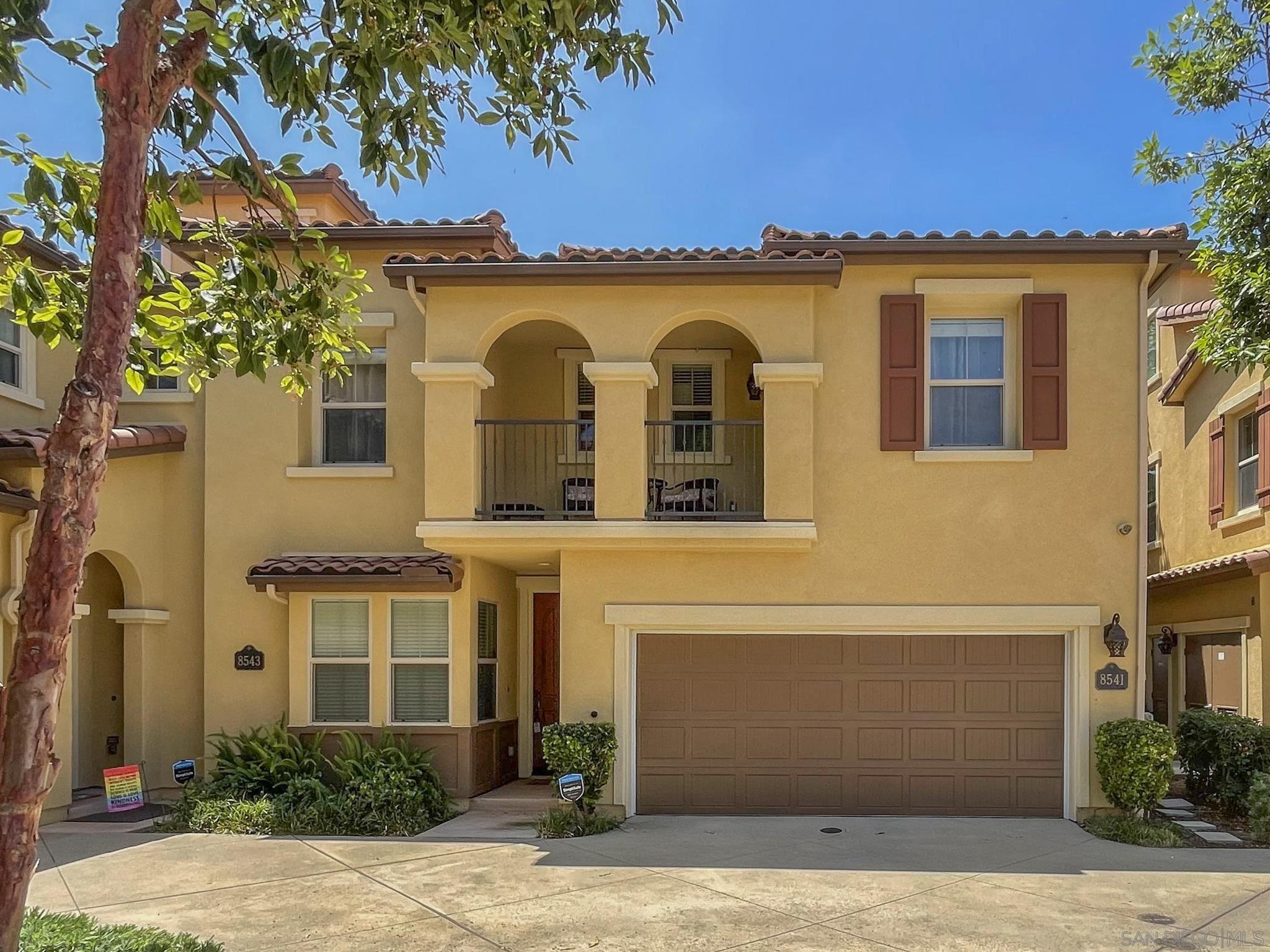 8541 Old Stonefield Chase San Diego, CA 92127