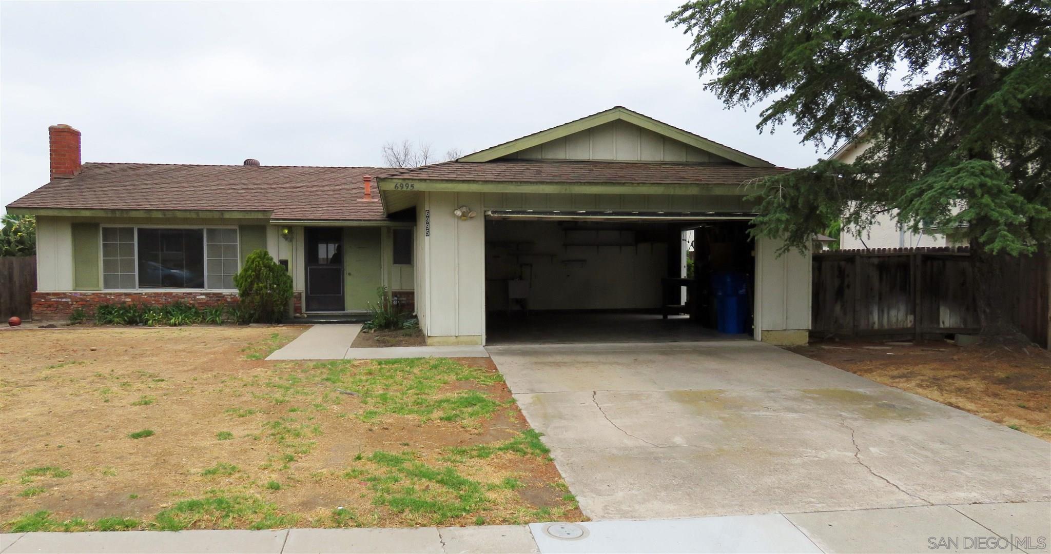 6995 Belle Glade Ln, San Diego, CA 92119