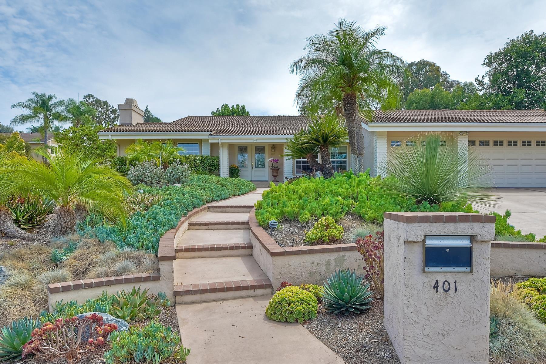 401 Avenida Adobe, Escondido, CA 92029