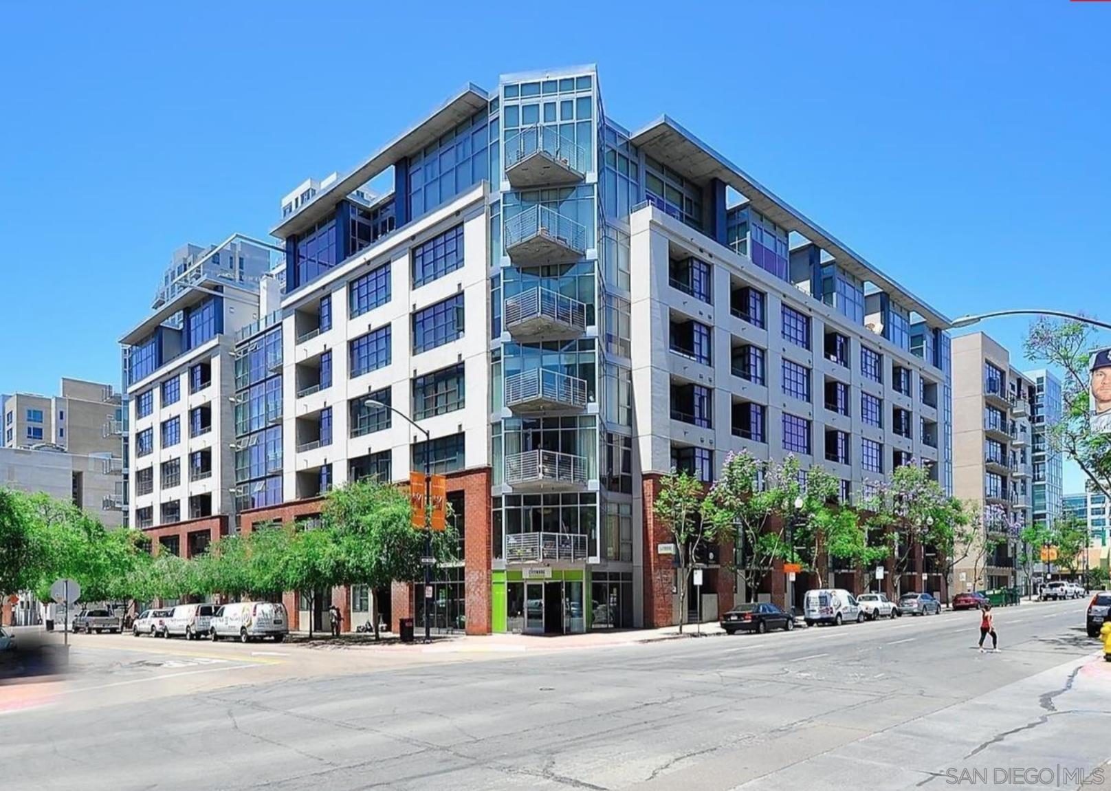 1050 Island Ave Unit 425, San Diego CA 92101