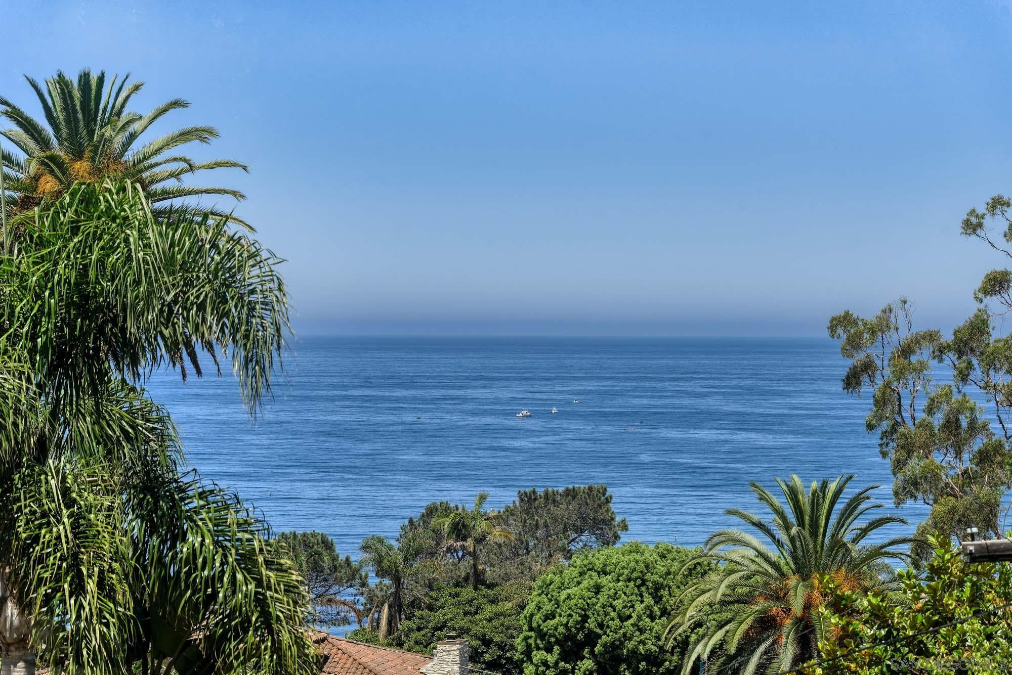 7784 Hillside Drive, La Jolla, CA 92037