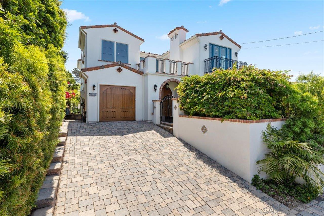 1015 Gardena Road, Encinitas, CA 92024