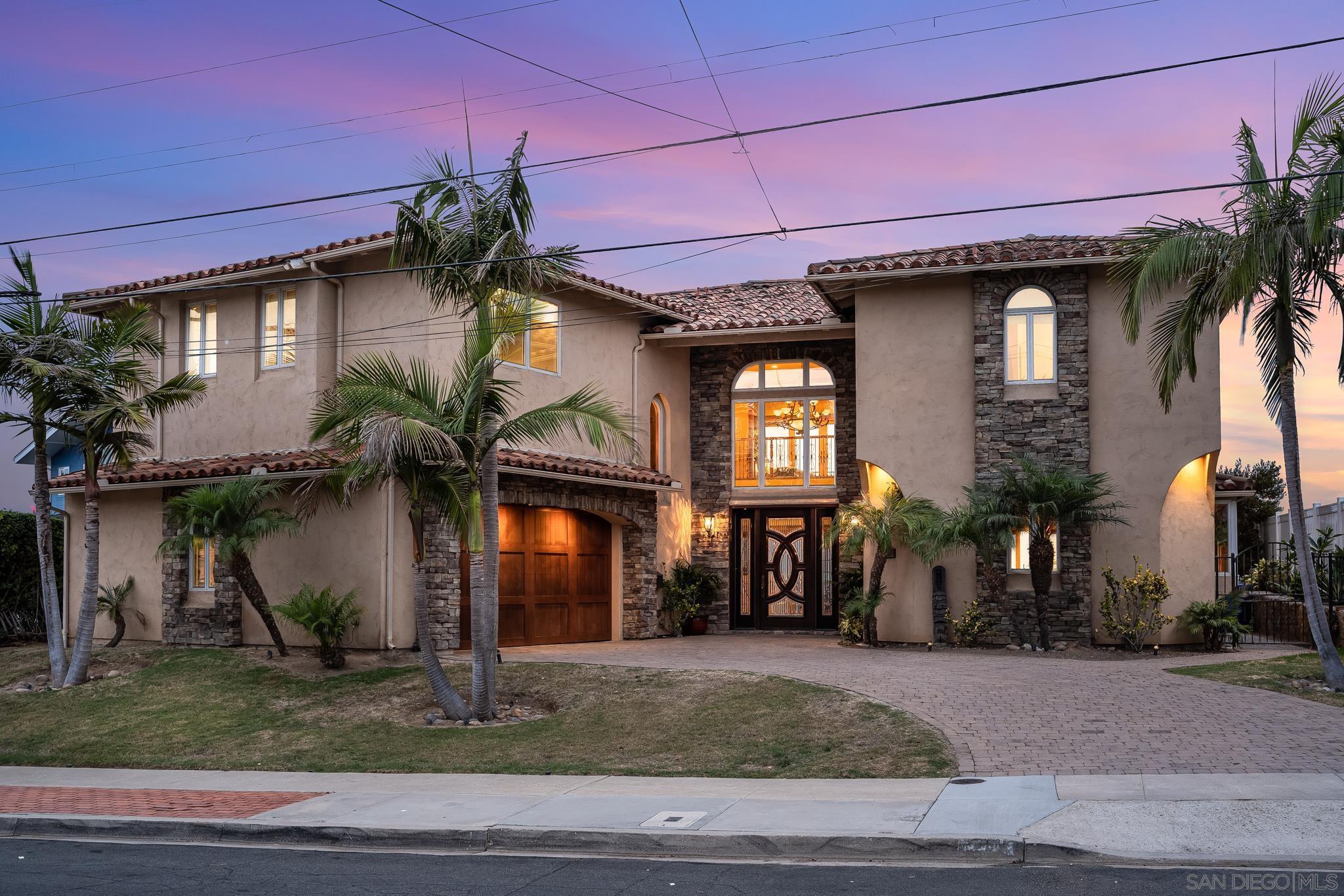 2212 Dunhaven St, San Diego, CA 92110