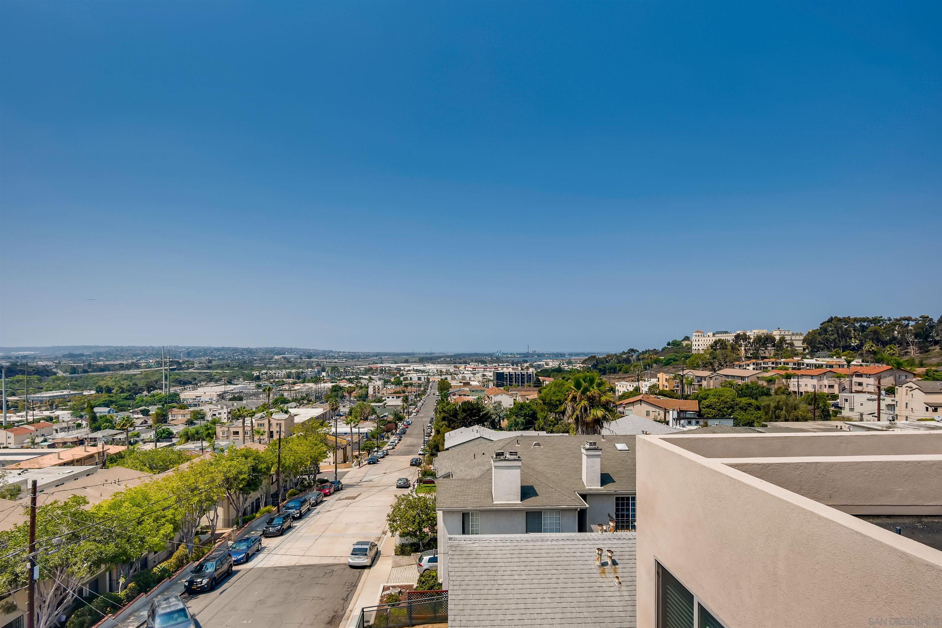 5846 Lauretta, San Diego, CA 92110