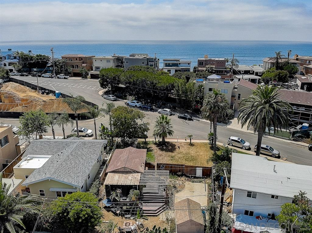 228 N Helix Ave, Solana Beach, CA 92075