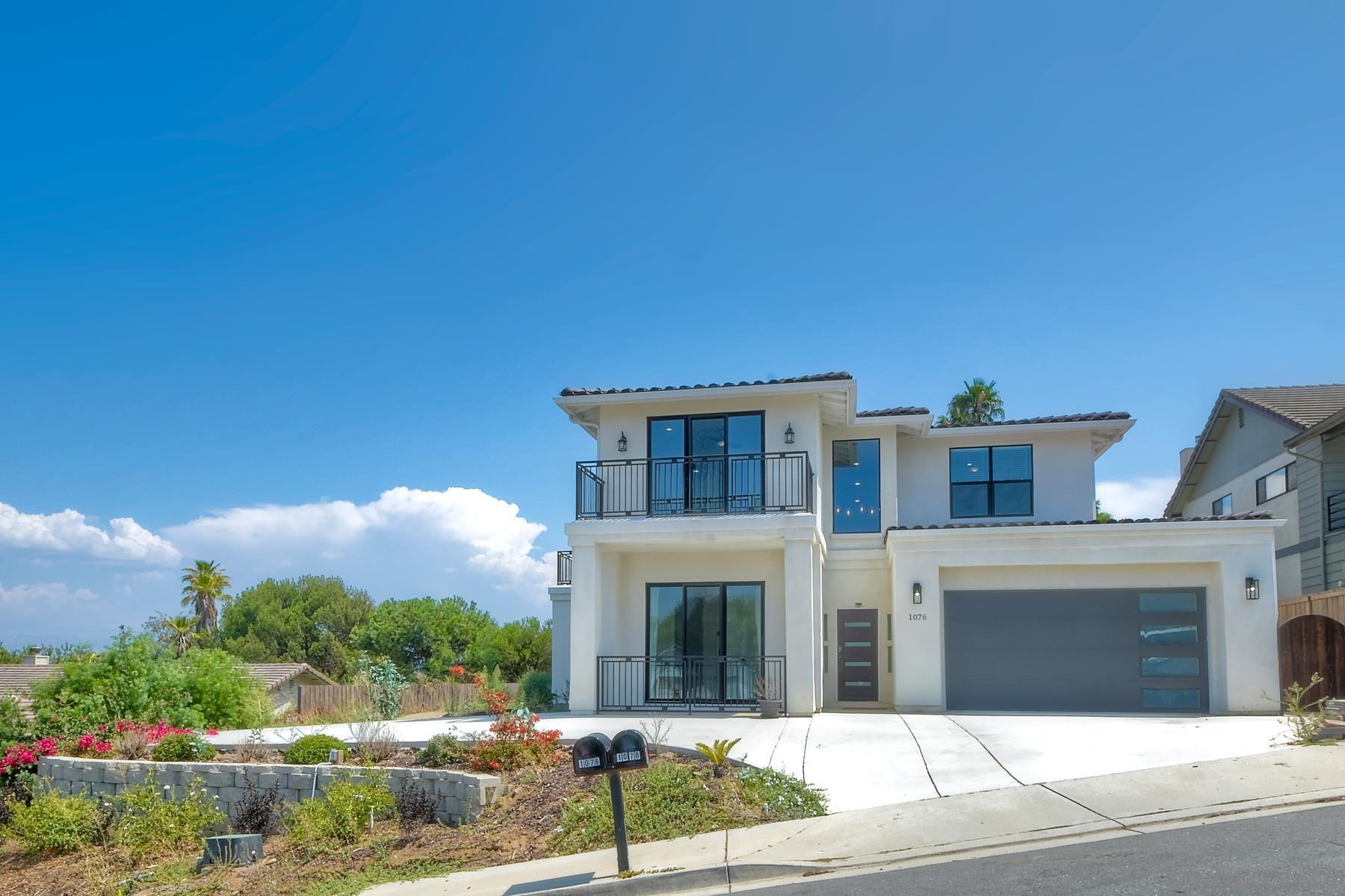 Photo of 1076 Circle Drive, Escondido, CA 92025