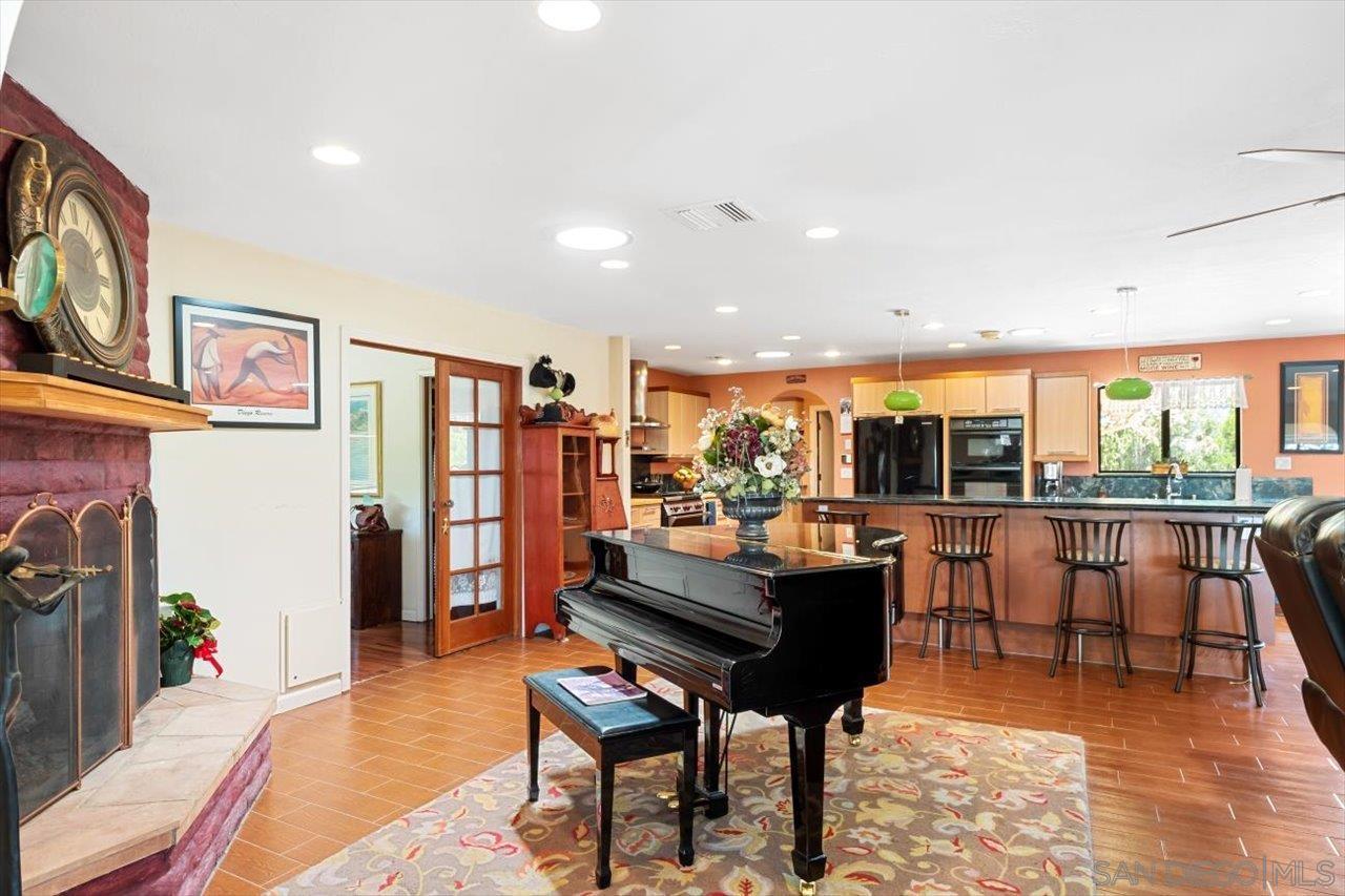 26920 Delridge Lane, Valley Center, CA 92082