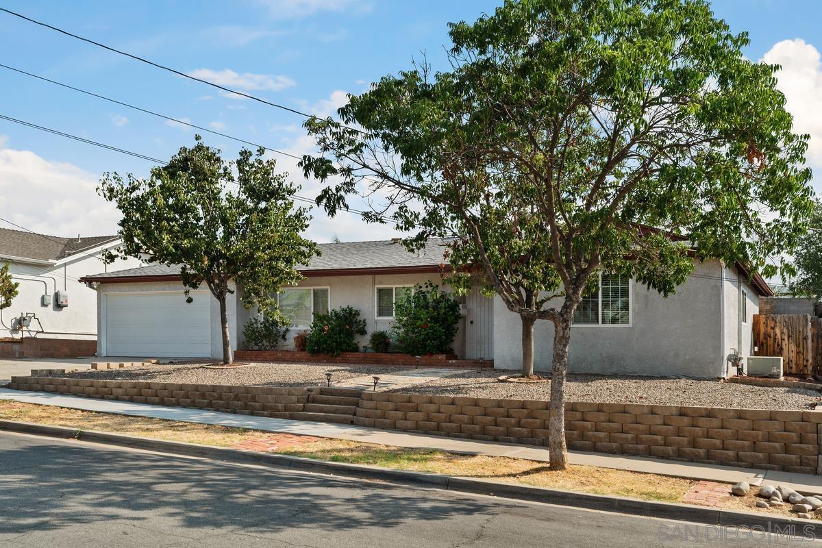 9343 Oakbourne Rd, Santee, CA 92071
