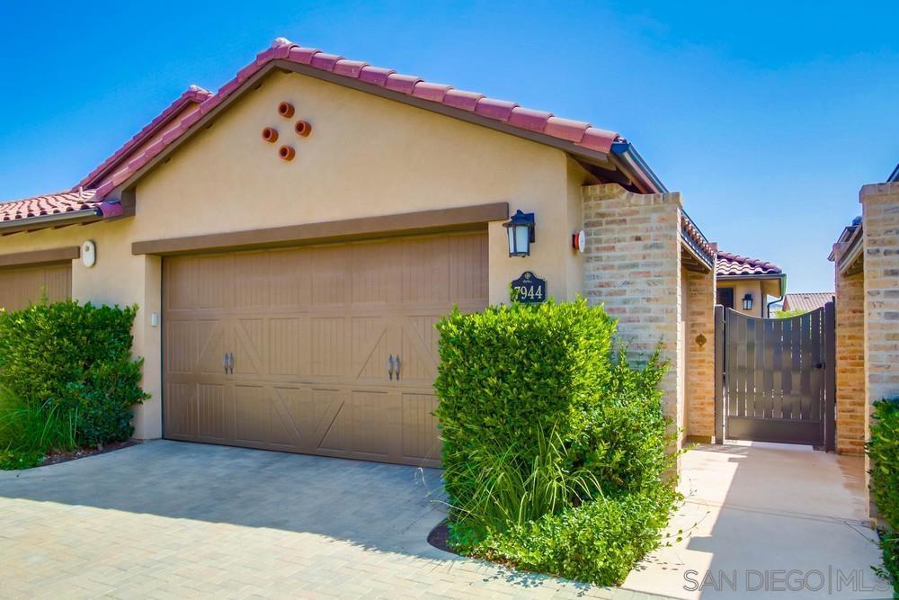 7944 Lusardi Creek Ln San Diego, CA 92127