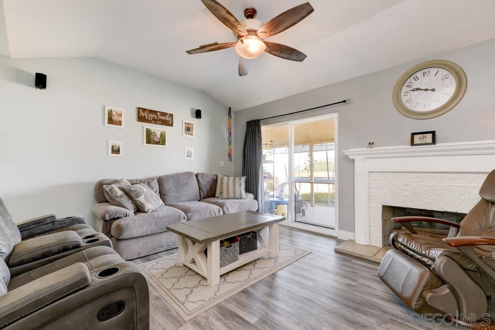10344 Amada Place, Santee, CA 92071