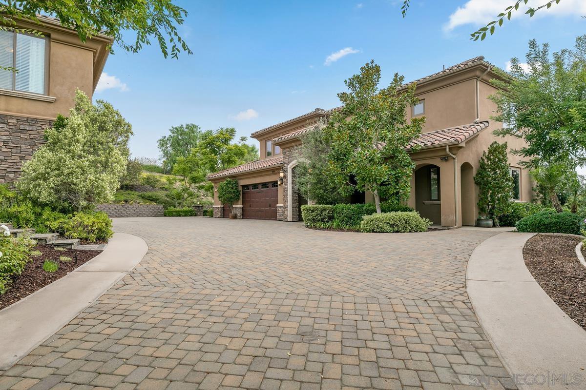 1152 Sierra Bonita, Fallbrook, CA 92028