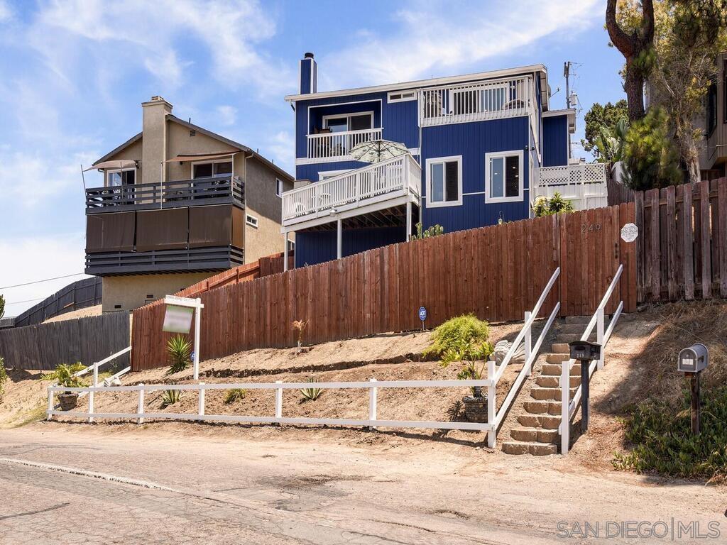 249 Ritchey St, San Diego, CA 92114