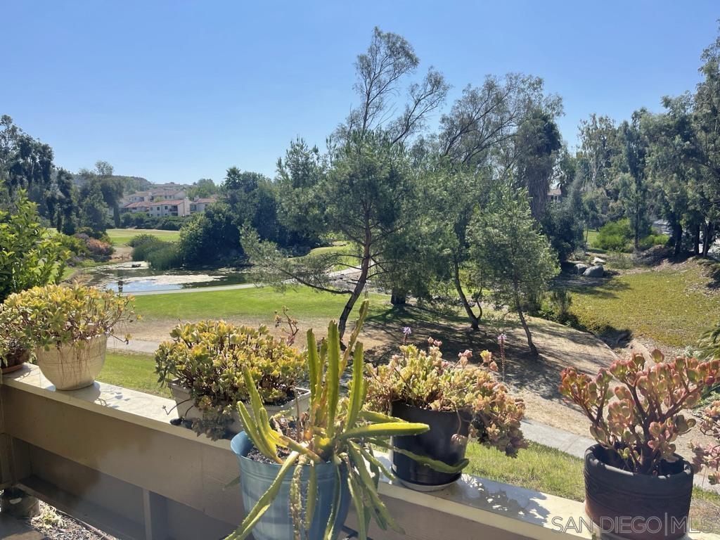12575 Oaks North Dr 124, San Diego, CA 92128