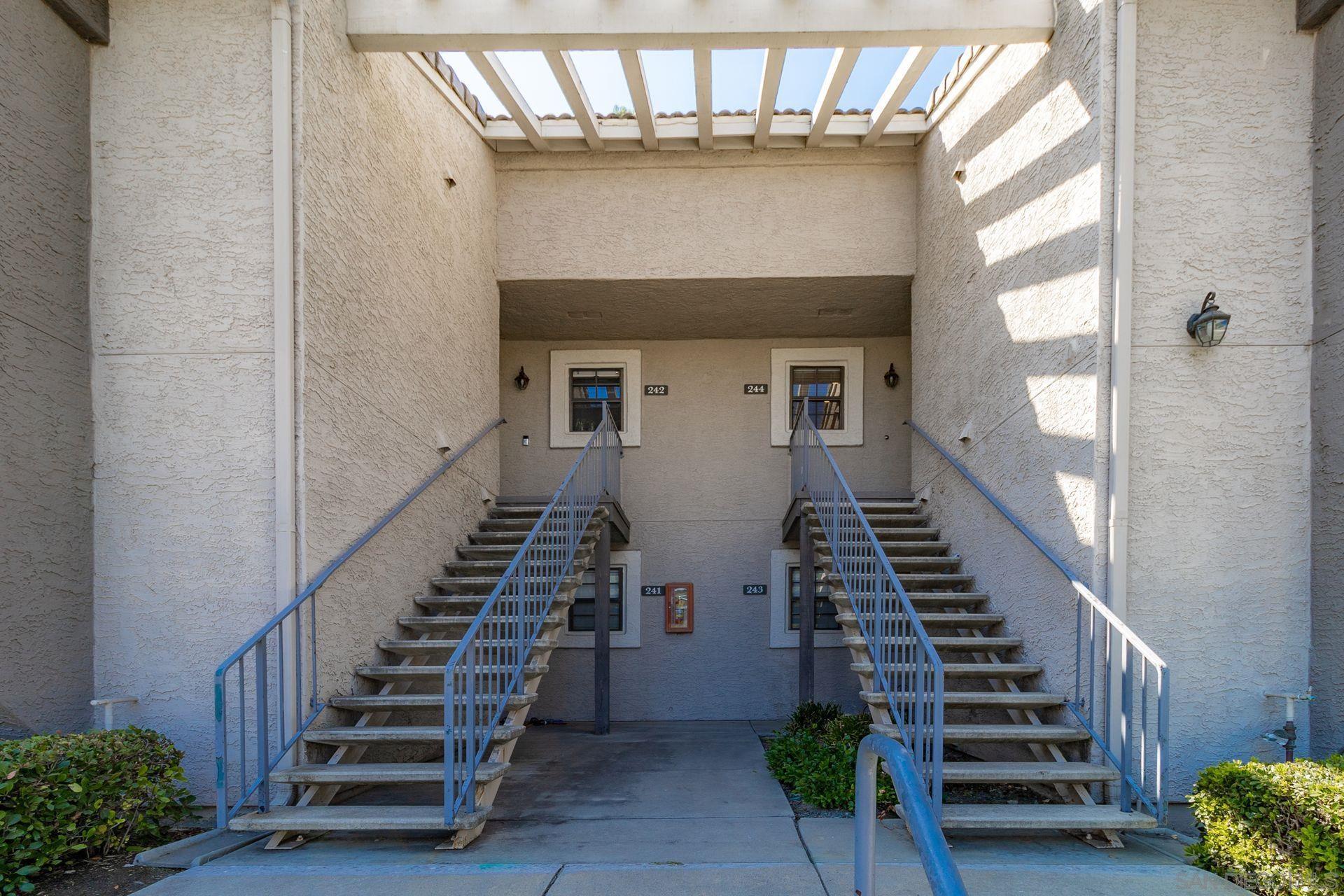 15062 Avenida Venusto 244, San Diego, CA 92128