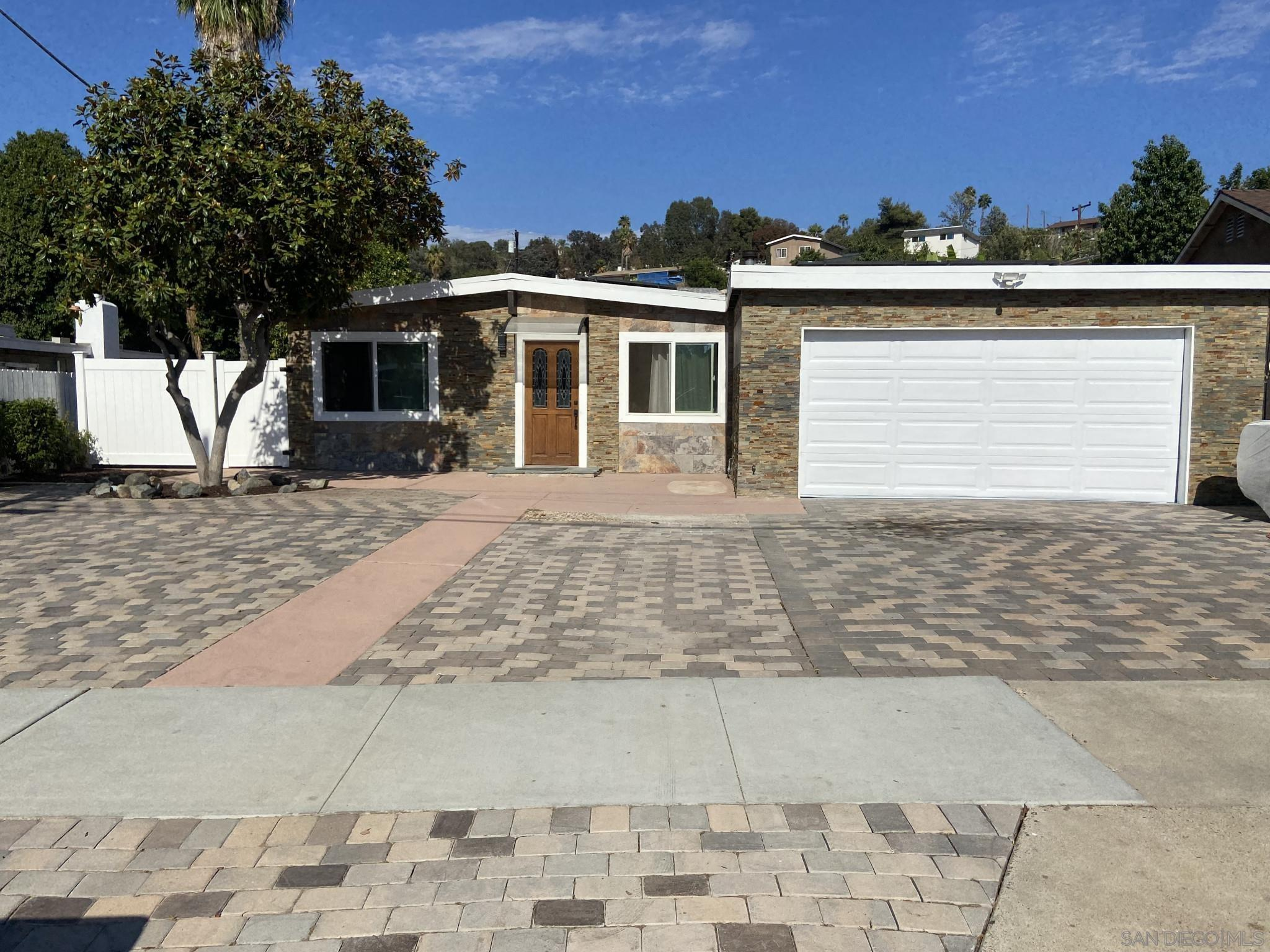 1427 Gowin St, Spring Valley, CA 91977