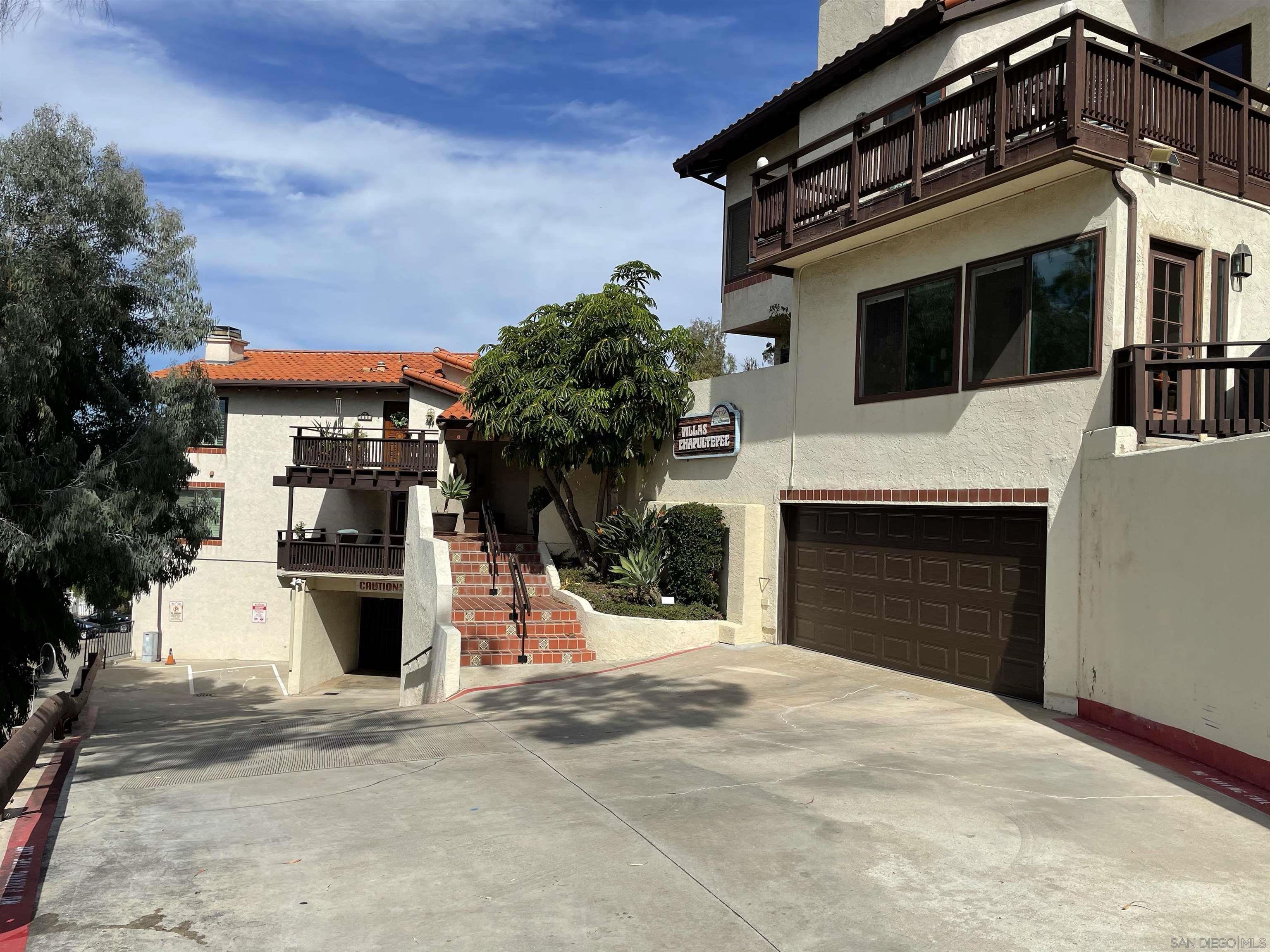 4034 Ampudia, San Diego, CA 92110