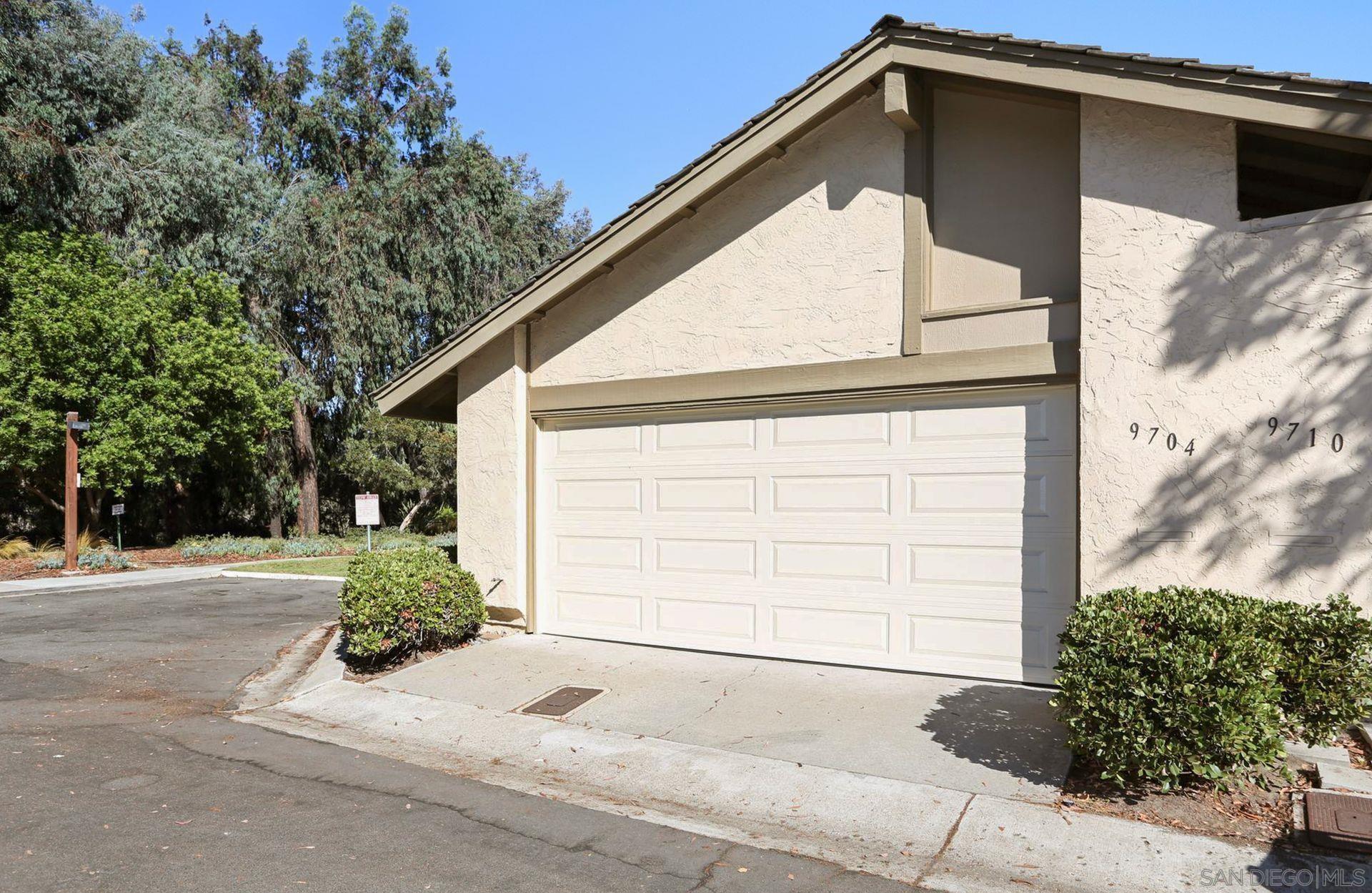 9704 Caminito De La Fada, San Diego, CA 92124