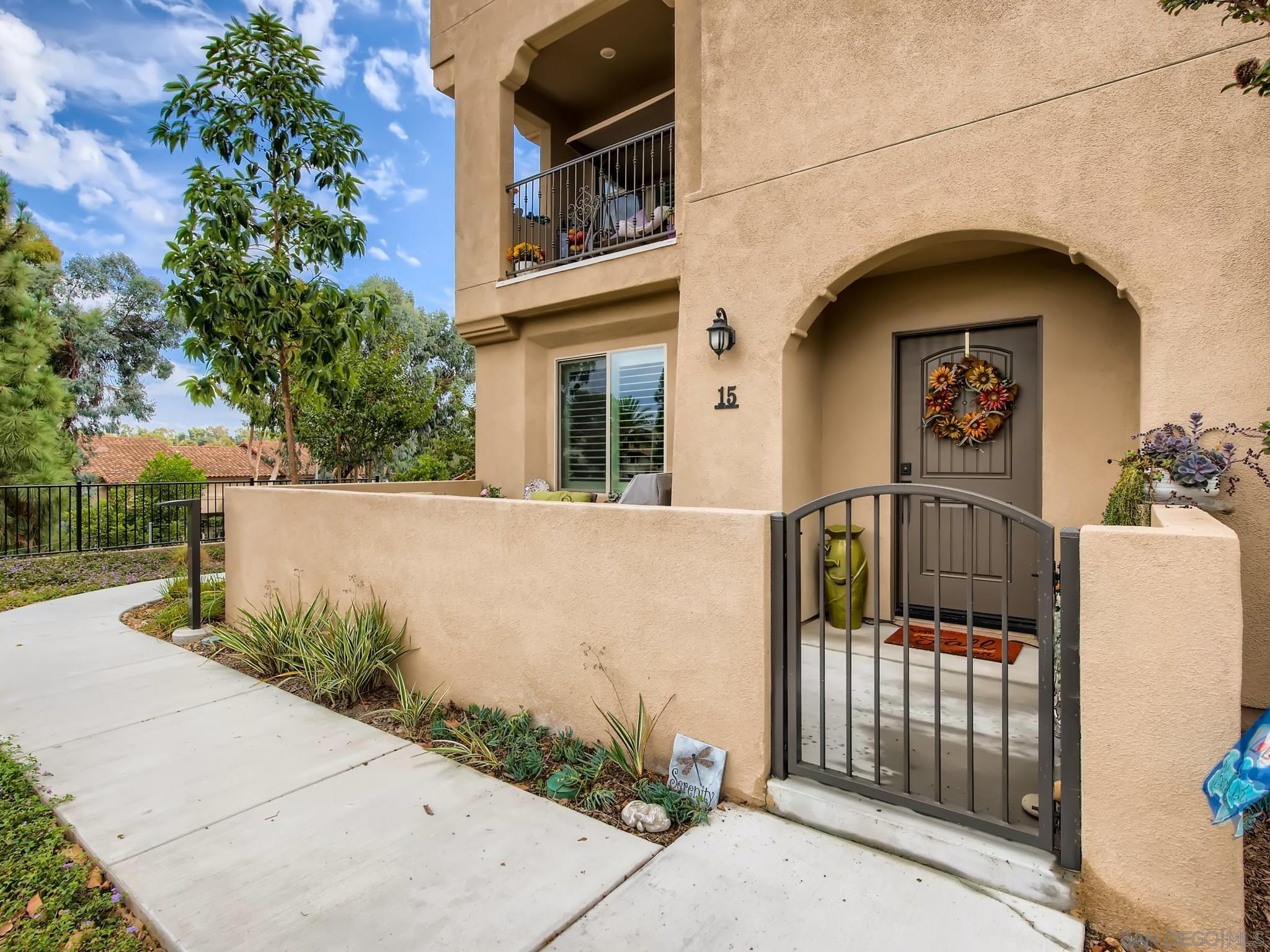 1569 Castillo Way 15, Vista, CA 92081