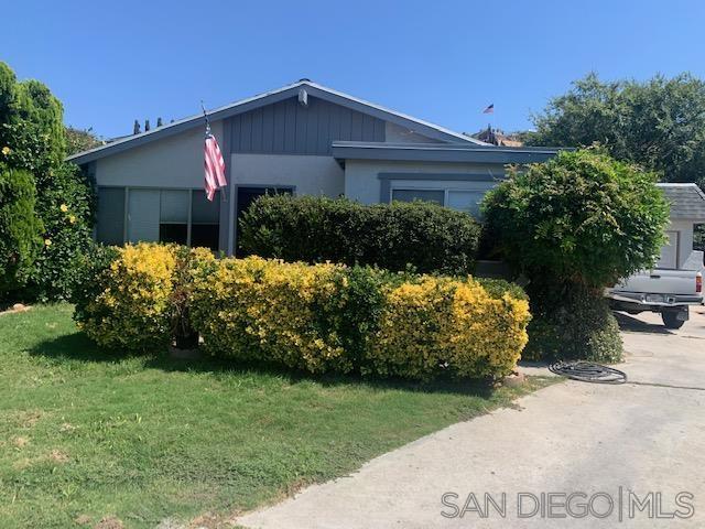 10129 Lakeland Drive, Santee, CA 92071