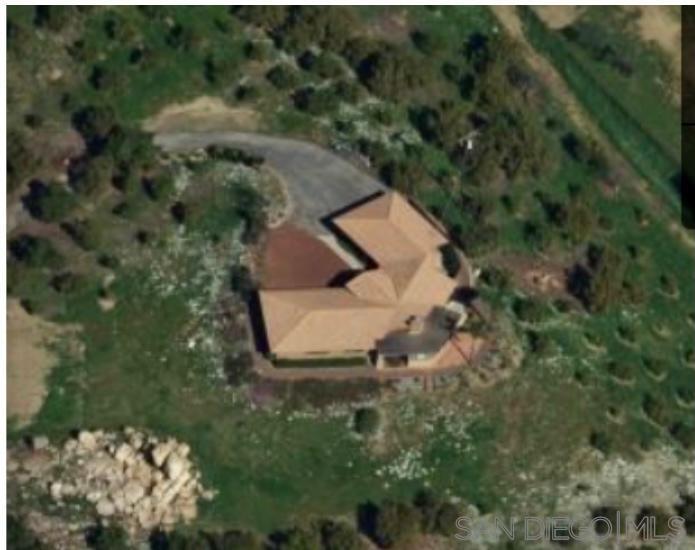 437 Morro Hills Road, Fallbrook, CA 92028