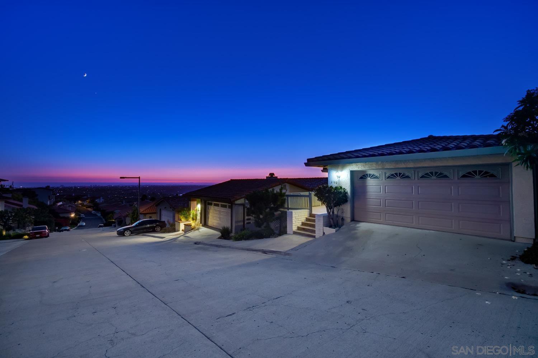 6180 Caminito Sacate, San Diego CA 92120