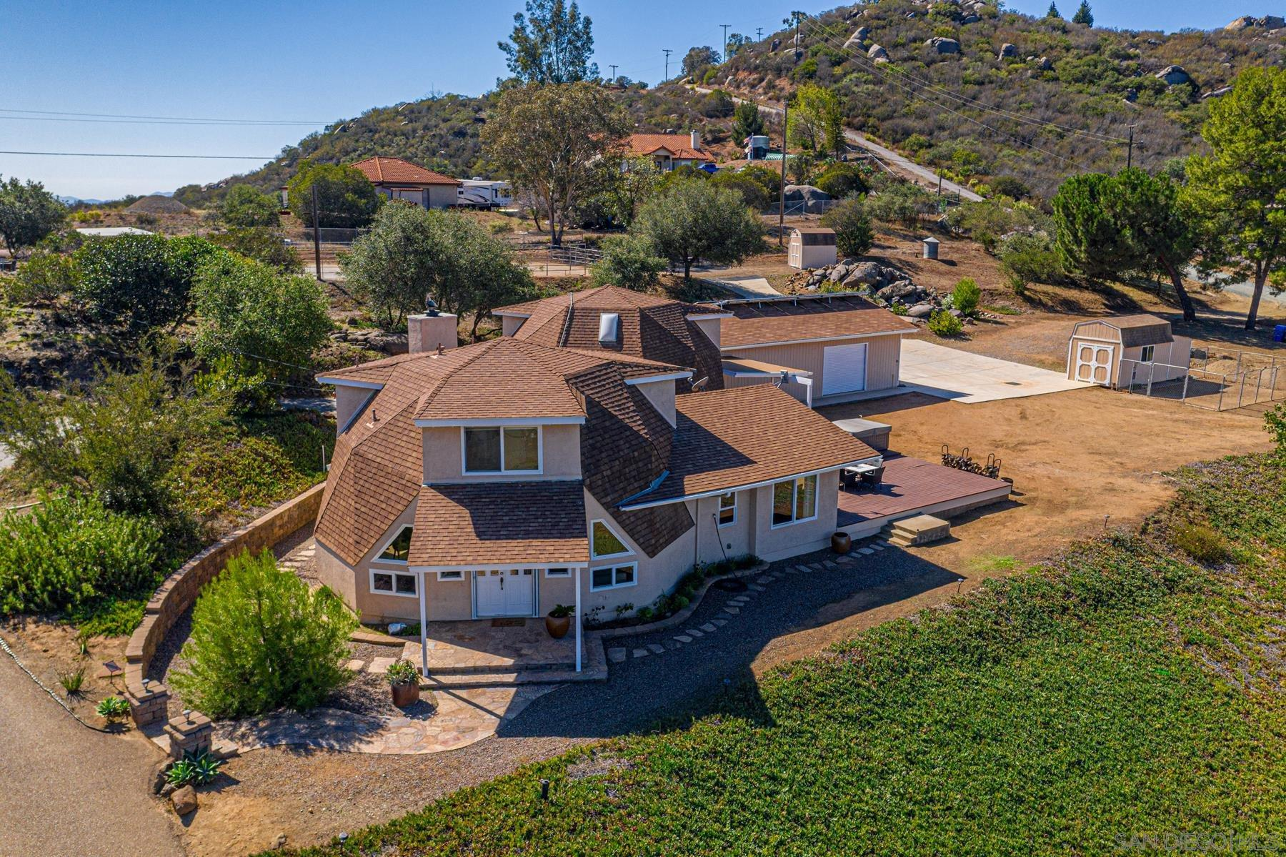 12606 Wildcat Canyon Rd, Lakeside, CA 92040