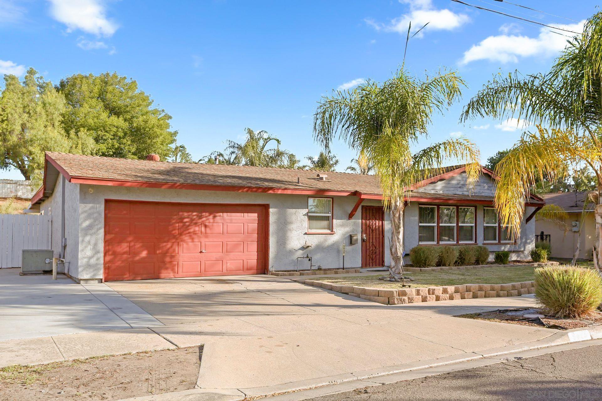 9028 Davenrich St, Spring Valley, CA 91977